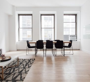 A Few Things To Think About When Shopping For Area Rugs